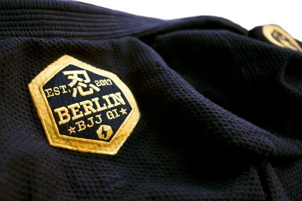 "Black Gi ""Berlin"" – Label Back"